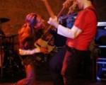 Buche mich, Live Gitarrist Musiker. Für Tourneen, Showcase Gigs aber auch für Aushilfsjobs in Notsituationen