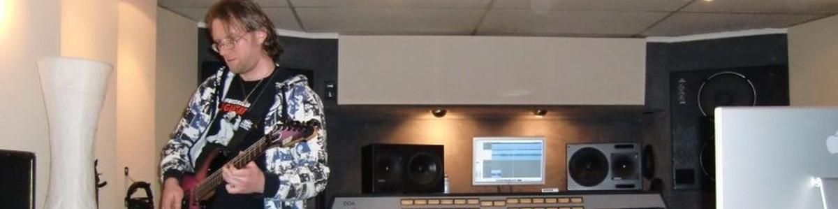 Abeskas Studio Gitarrenkurse Gitarrenunterricht- Tourneen, Showcase Gigs- Wolfgang Abeska Gitarrist Musiker